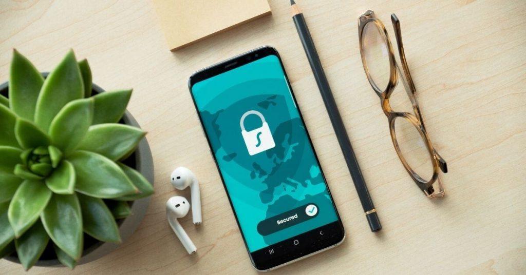 pour respecter la confidentialité de ses utilisateurs, l'app telegram est disponible sur les appareils sous android, ios, windows et linux - elle assure un chiffrement de bout en bout