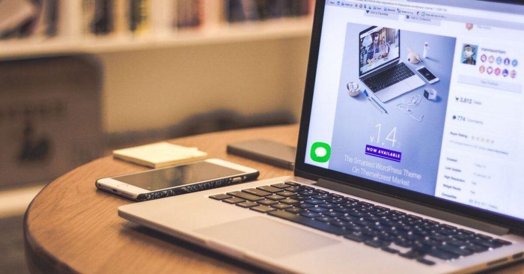 Entamez une conversation avec l'utilisateur via votre page d'accueil !