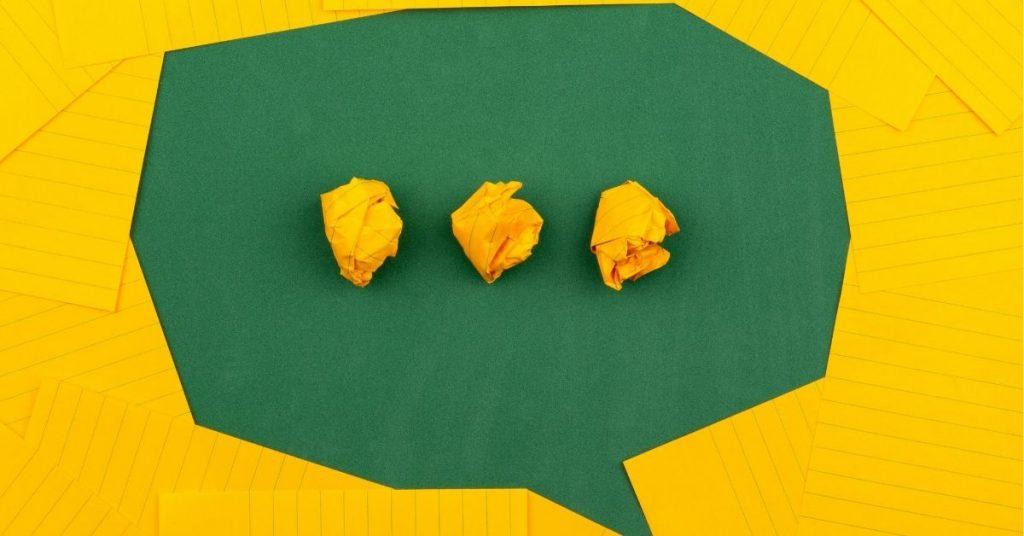 Vers une définition plus moderne de l'instant messaging qui désigne l'usage des messageries instantanées.