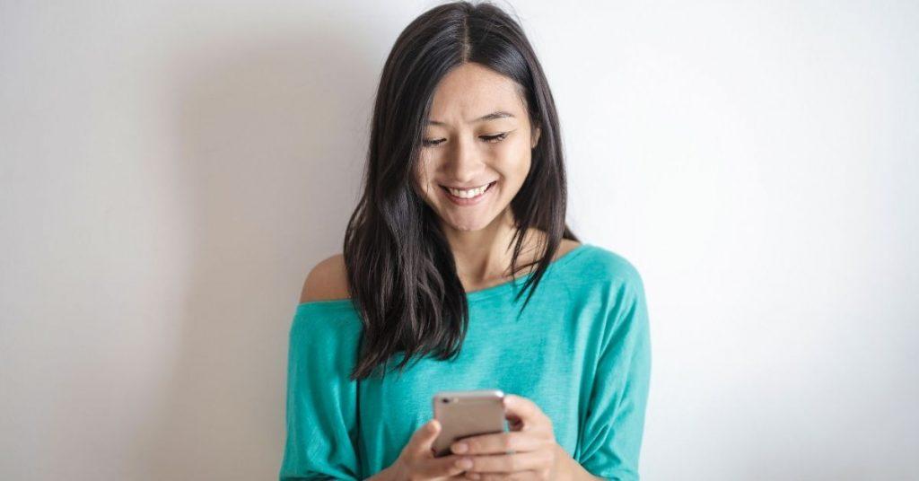 Les clients apprécient communiquer avec les entreprises sur les messageries instantanées
