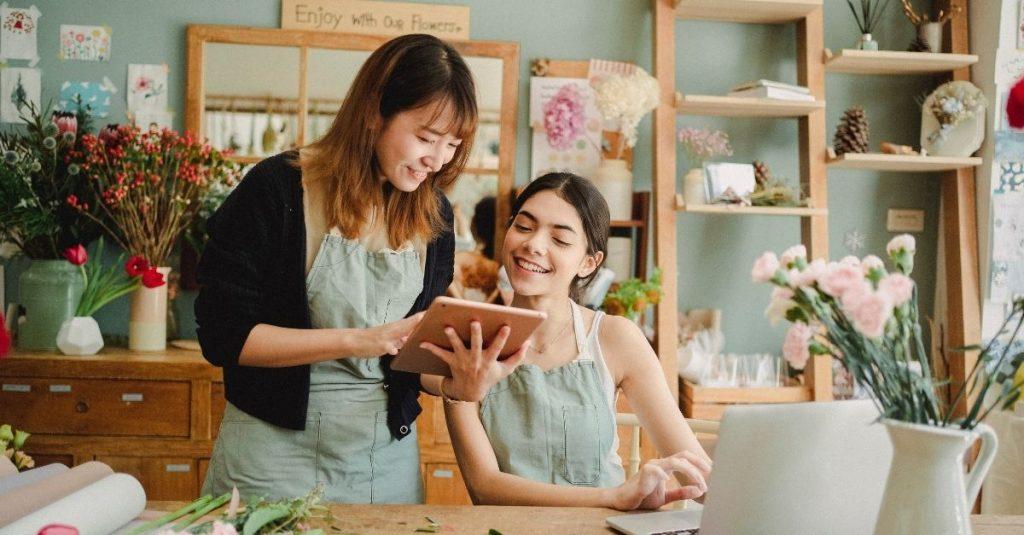 Le live shopping est une nouvelle tendance tout droit venue d'Asie.