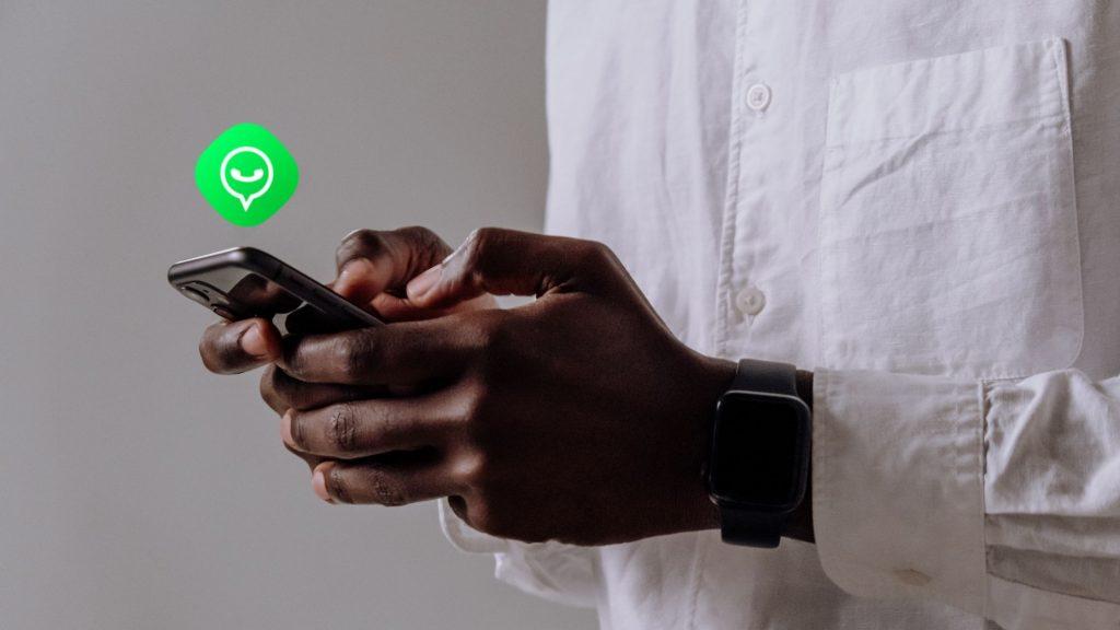 WhatsApp application perso